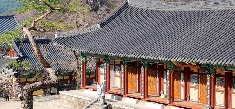 Temple Hwaeomsa - Parc  national de Jirisan - Corée du Sud