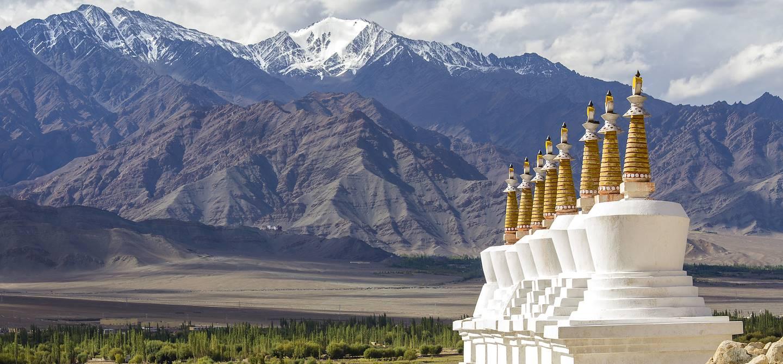 Chortens dans le monastère de Shey - Jammu-et-Cachemire - Inde