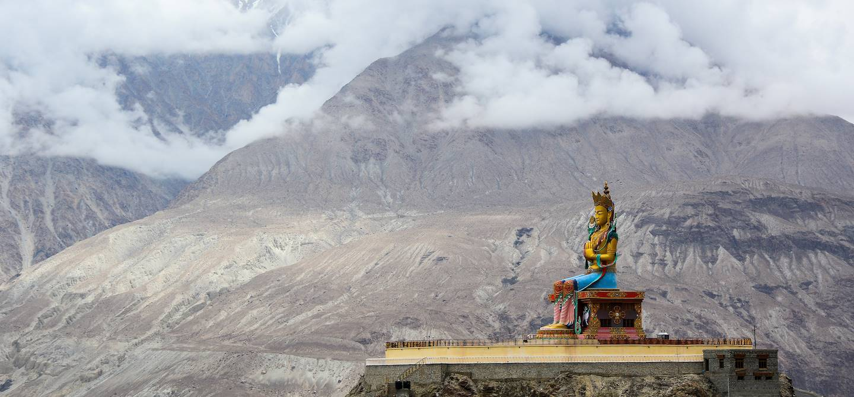 Statue de Bouddha - Diskit - Vallée de la Nubra - Ladakh - Inde