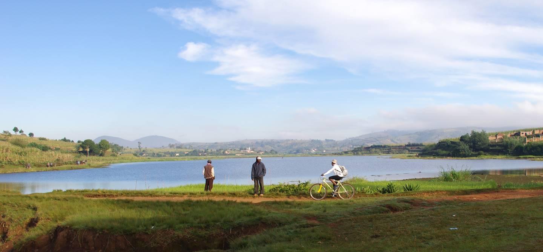 Balade en VTT à Antsirabe - Région de Vakinankaratra - Madagascar