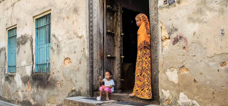 Scène de vie dans le vieux quartier de Zanzibar - Stone Town - Zanzibar Vieille Ville - Tanzanie
