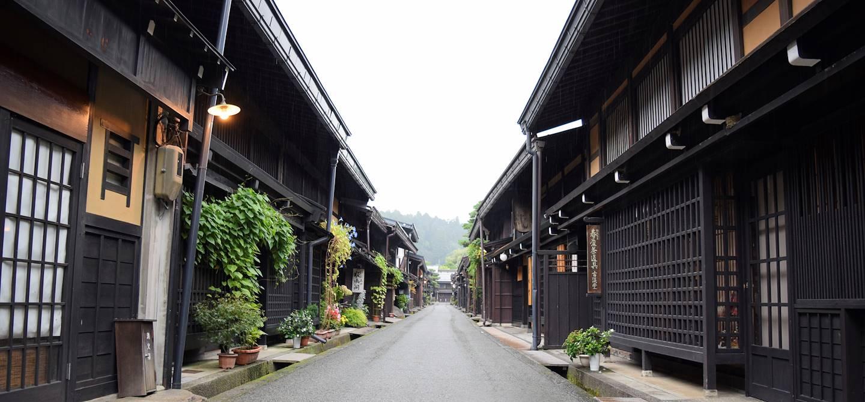 Dans les rues de Takayama - Préfecture de Gifu - Japon