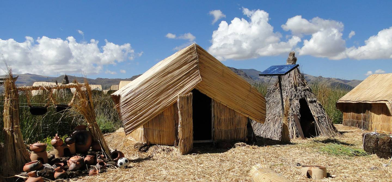 Habitat uros - Lac Titicaca - Pérou