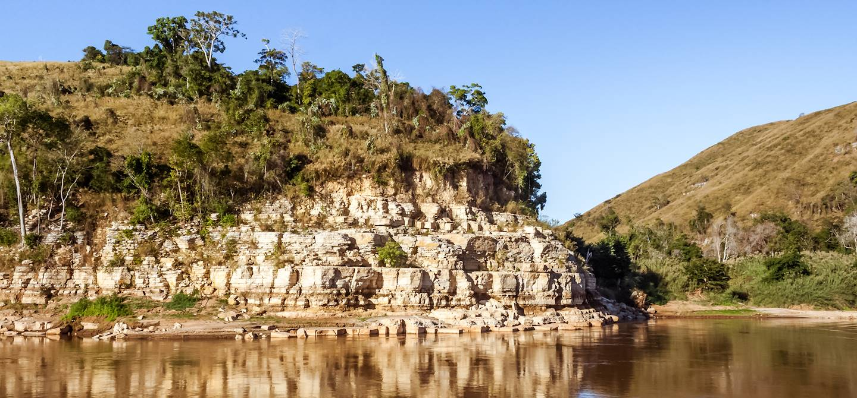 Le fleuve Tsiribihina, à l'ouest de Madagascar