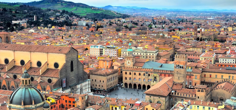 Vue de Bologne depuis la tour Asinelli - Italie