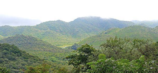 Monts Aravalli
