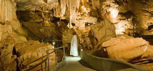 Grottes d'Al Hoota