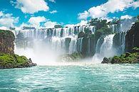 Canyons arides et intenses cascades - Argentine -