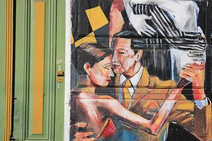 Danseurs de tango sur les murs de Buenos Aires - Argentine - Patrick Escudero/hemis.fr