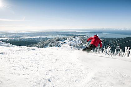 Ski à Mount Grouse - Colombie-Britannique - Canada - Dave Delnea Images