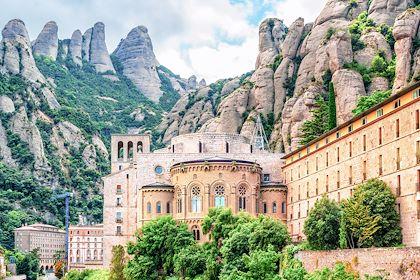 549090 - L'abbaye Santa Maria de Montserrat - Province de Barcelone - Espagne - Waku/Stock.adobe.com