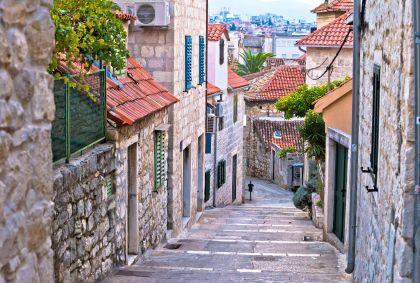 Dans les ruelles de Split - Comitat de Split-Dalmatie - Croatie - Xbrchx/stock.adobe.com