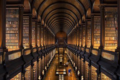 Long Room - Trinity College -  Dublin - Irlande - Rob Durston / Fáilte Ireland