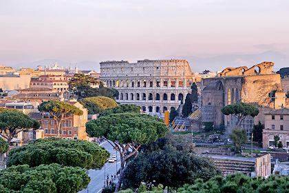 Vue sur le Colisée à Rome - Latium - Italie - Fresnel6/Stock.adobe.com