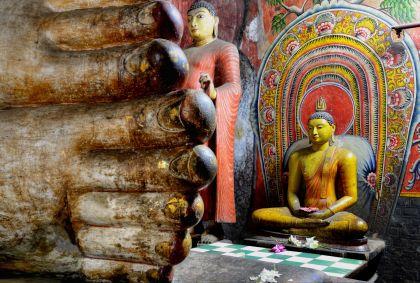 Temple d'Or de Dambulla - Sri Lanka - mlnuwan/fotolia.com