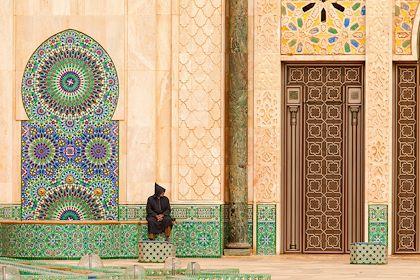 Devant la Moquée Hassan 2 de Casablanca - Maroc - danmir12/fotolia.com