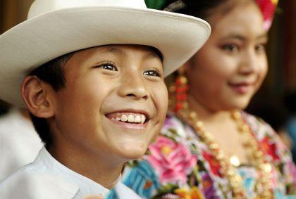 Enfants à Mérida - Etat du Yucatan - Mexique - B. Gardel/hemis.fr
