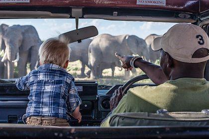 Safari en famille - Jon Arnold Images/hemis.fr