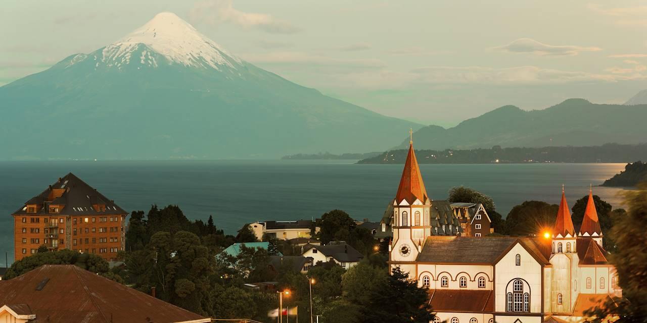 Puerto Varas et le volcan Osorno - Région des Lacs - Chili