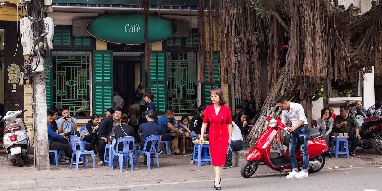 Terrasse de café dans le Quartier Français - Hanoï - Vietnam