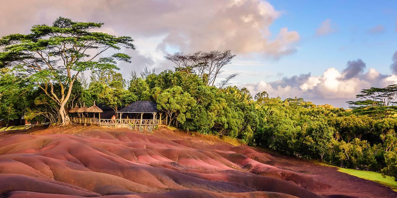 Terres de Couleurs de Chamarel - Région sud ouest de l'île - Ile Maurice