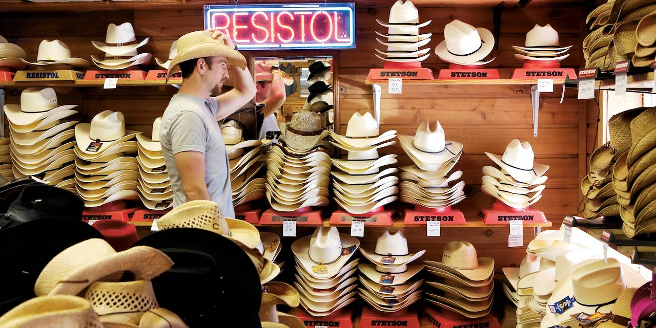 Magasin de chapeaux de cow-boy au Texas - Etats-Unis
