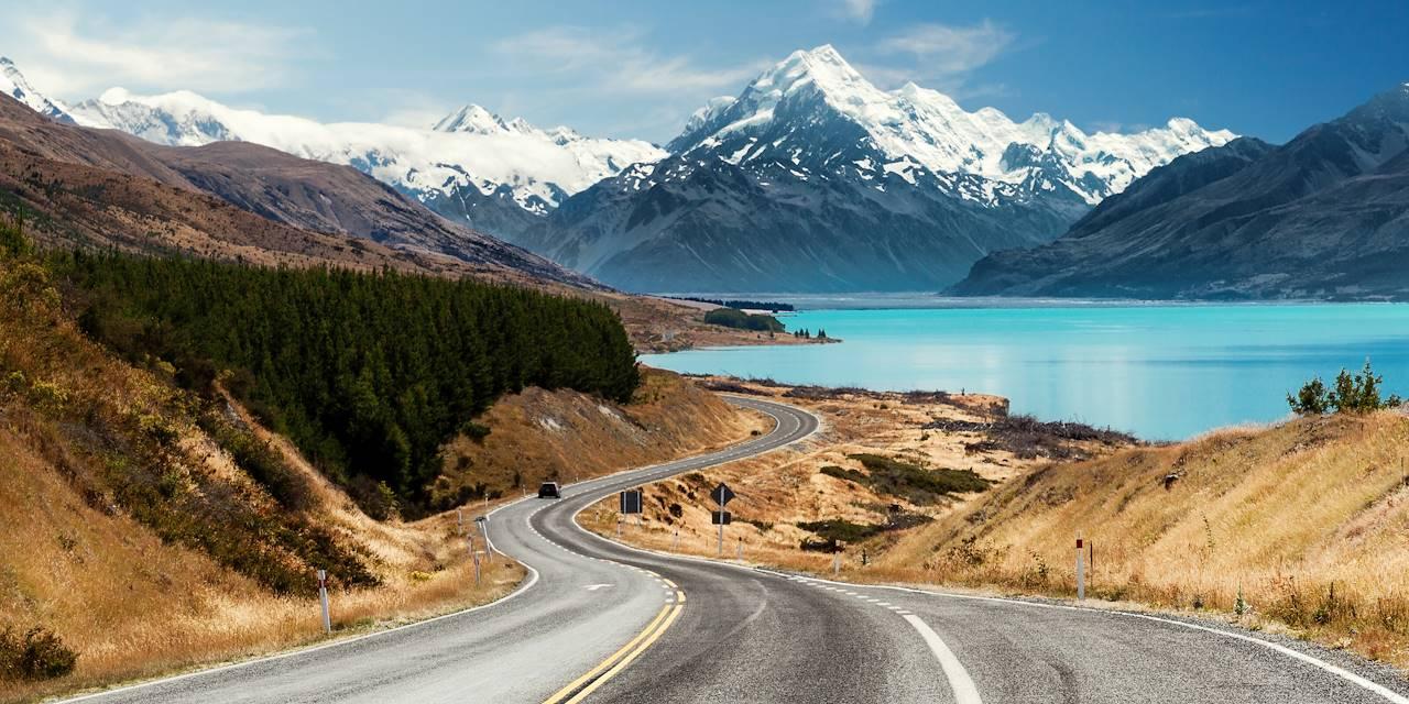 Vue sur le Mont Cook et le lac Pukaki - Nouvelle-Zélande