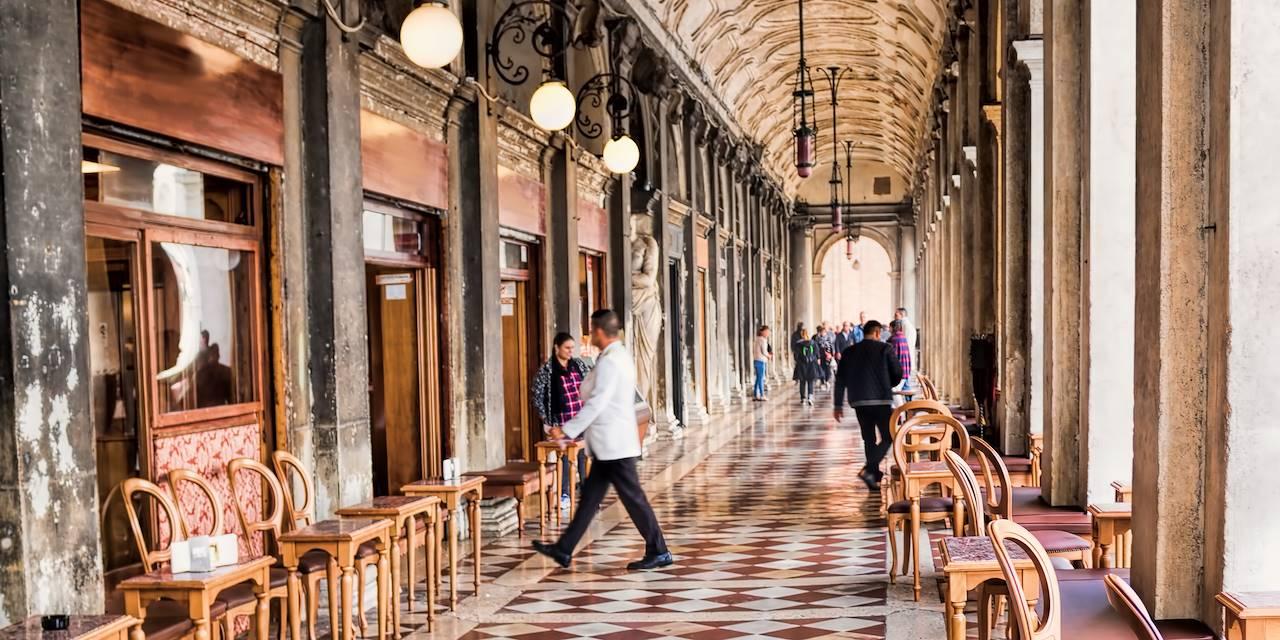 Le Café Florian  sur la place Saint-Marc - Venise - Italie