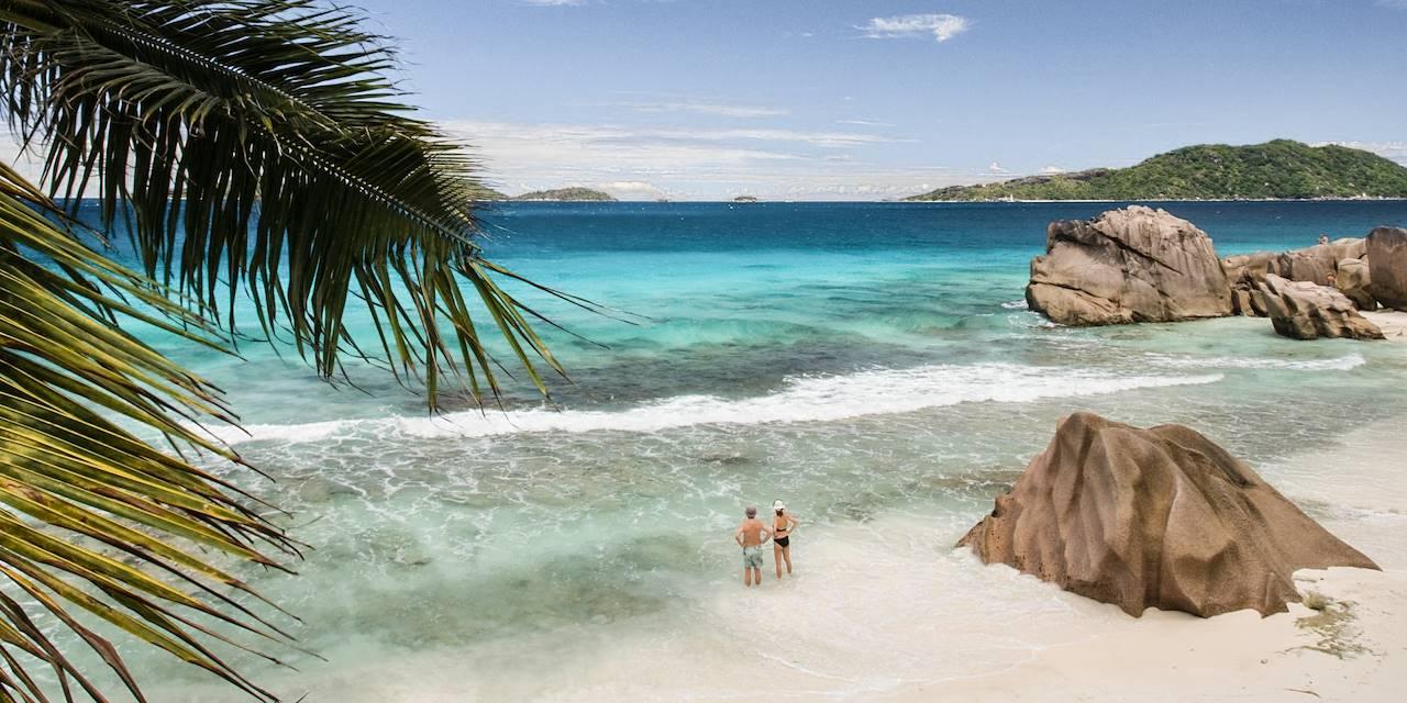 Couple aux Seychelles
