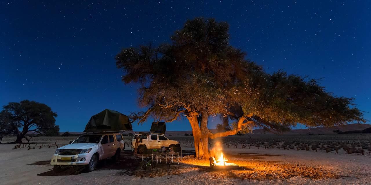 Dormir sous un ciel étoilé dans un 4x4 Camper - Windhoek - Namibie