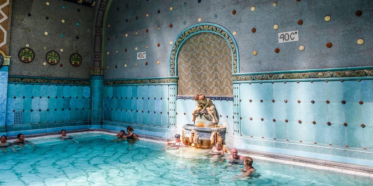 Les Thermes Gellért et leur architecture Art Nouveau - Budapest - Hongrie