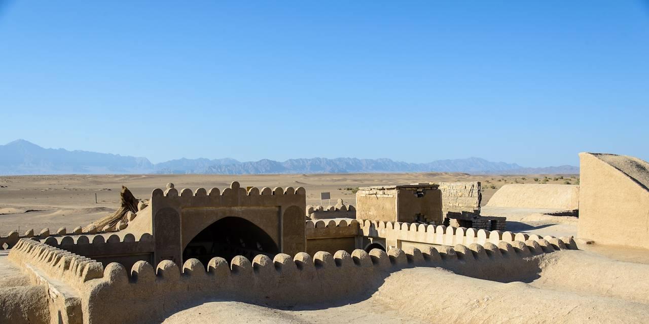 Le désert obersvé d'un toit de Farahzad - Farahzad - Iran