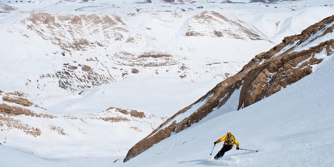 Skieur sur les Monts Zagros - Province du Kordestan - Iran