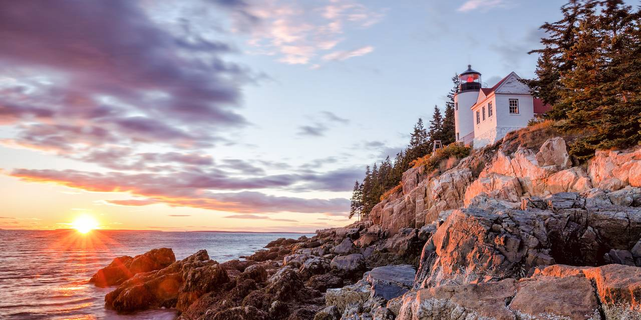 Phare de Bass Harbor dans le parc national d'Acadia - Maine - Etats-Unis
