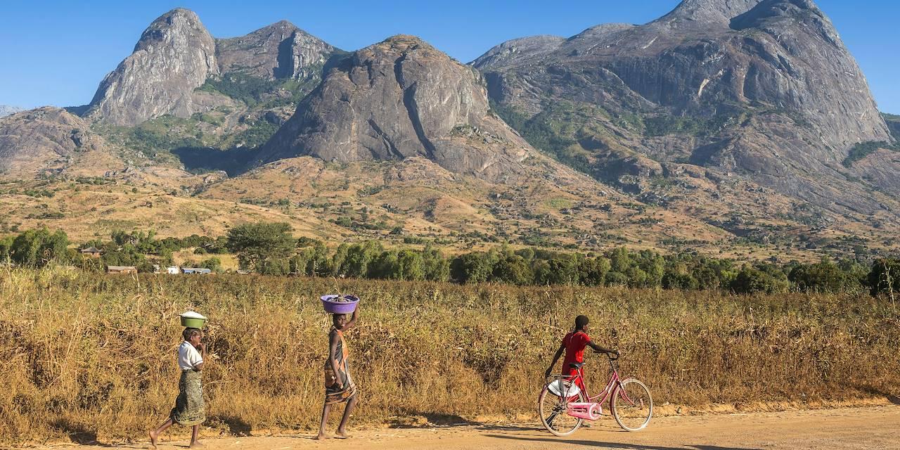 Scène de vie aux alentours du Mont Mulanje - Malawi