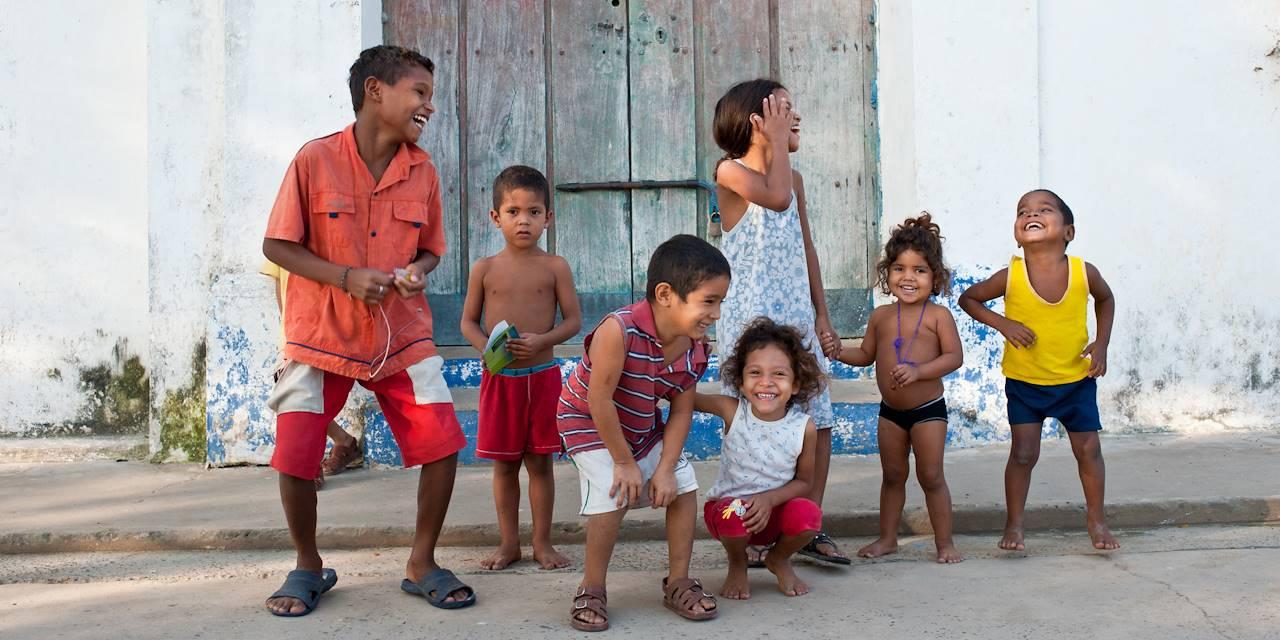 Enfants à Mompox - Département de Bolivar - Colombie