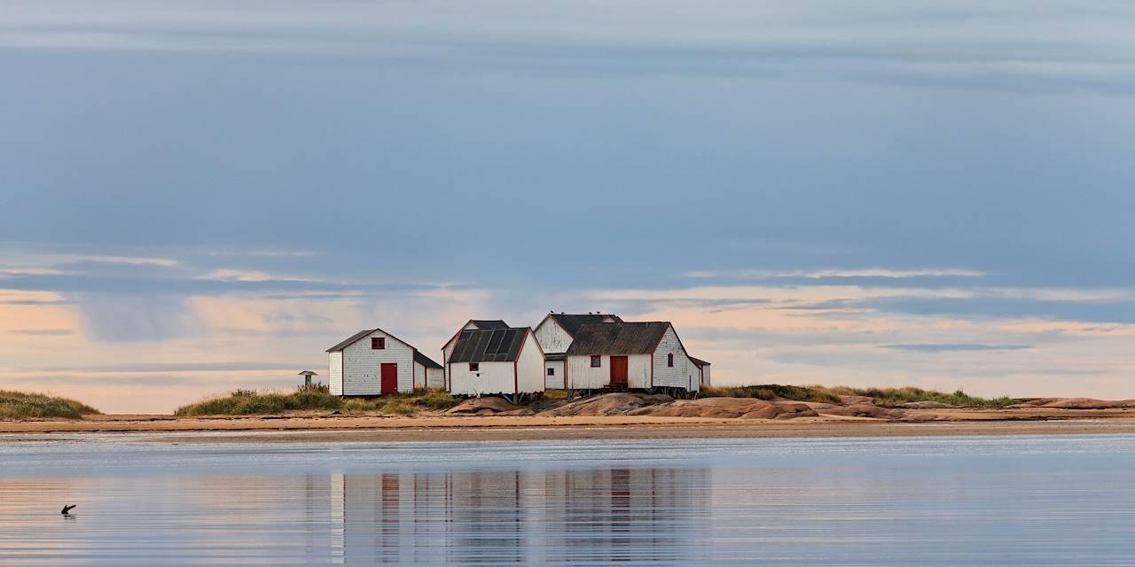 Anciens magasins de pêcheurs - Natashquan - Route des Baleines - Canada