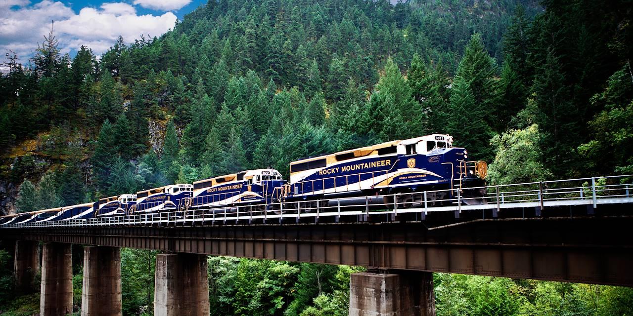 Train Rocky Mountaineer - Canada