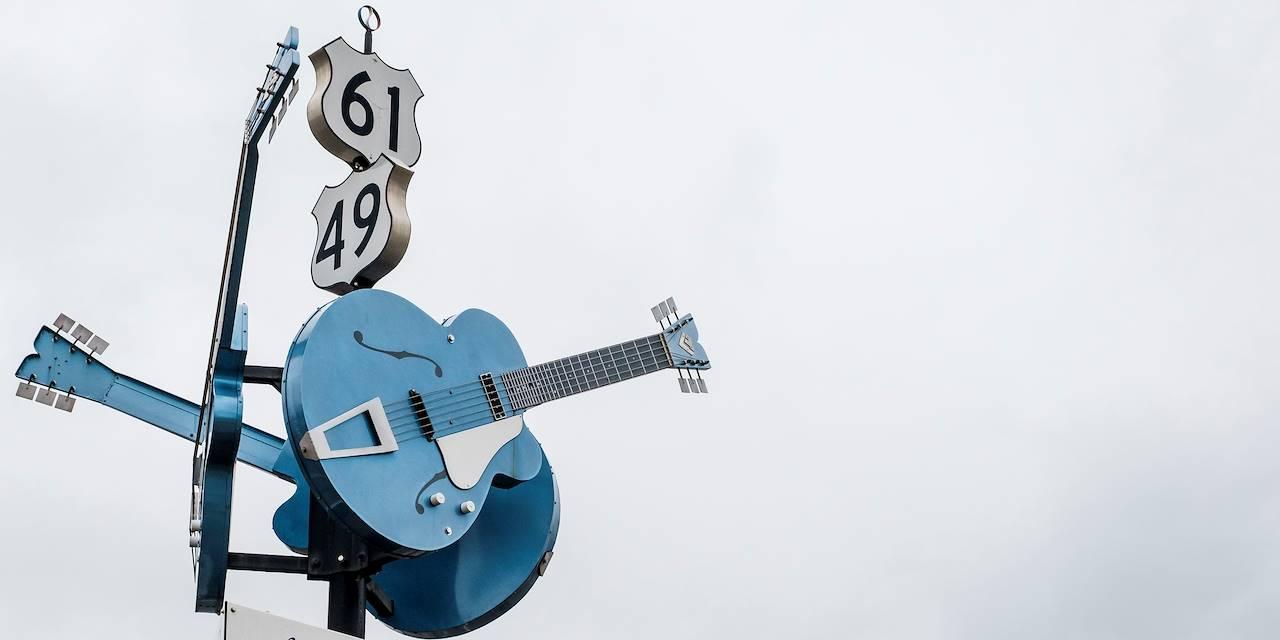 Clarksdale, berceau du blues : carrefour où Robert Johnson aurait vendu son âme pour devenir un maître du blues - Mississippi - Etats Unis