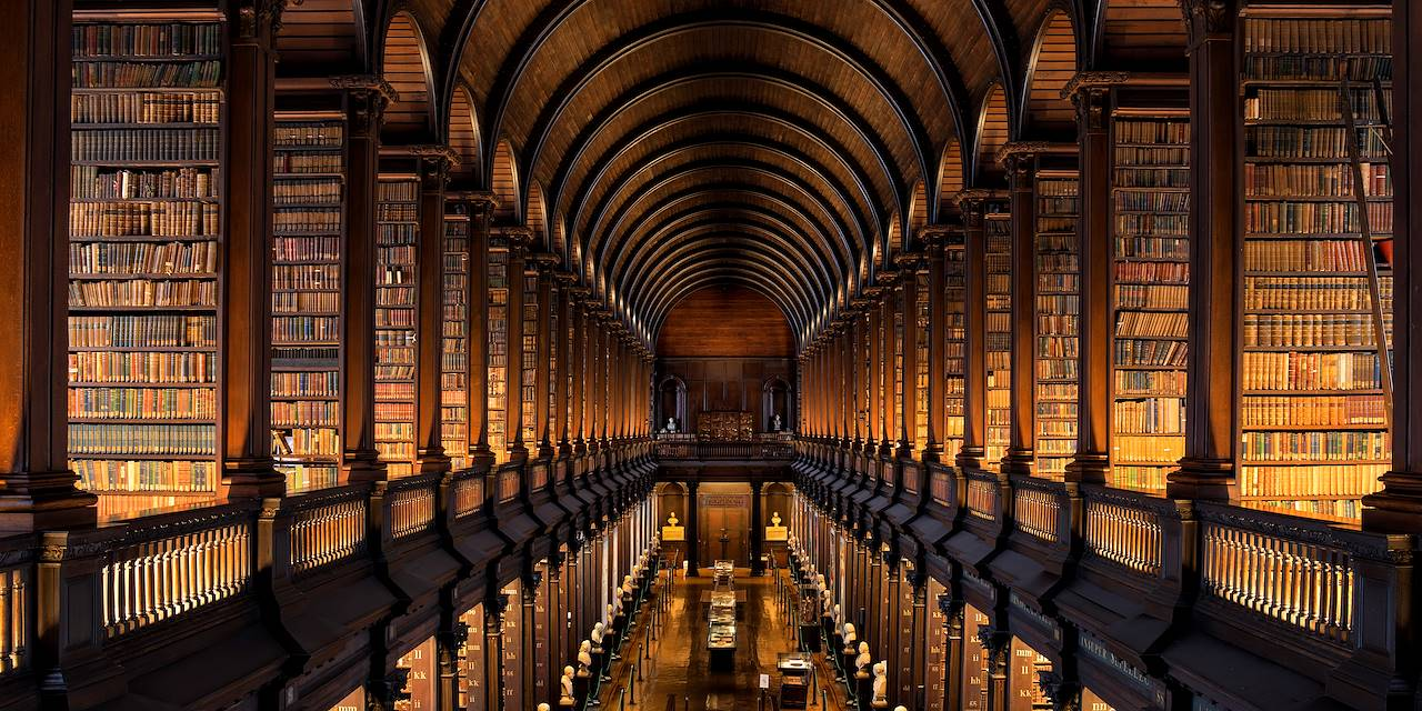 Long Room - Trinity College -  Dublin - Irlande
